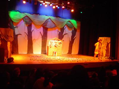 Teatro com filhos - 3 porquinhos