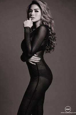 Nikita Mirzani artis hot mom dan seksi