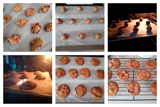 Receta de cookies de chocolate blanco y arándanos secos: horneado