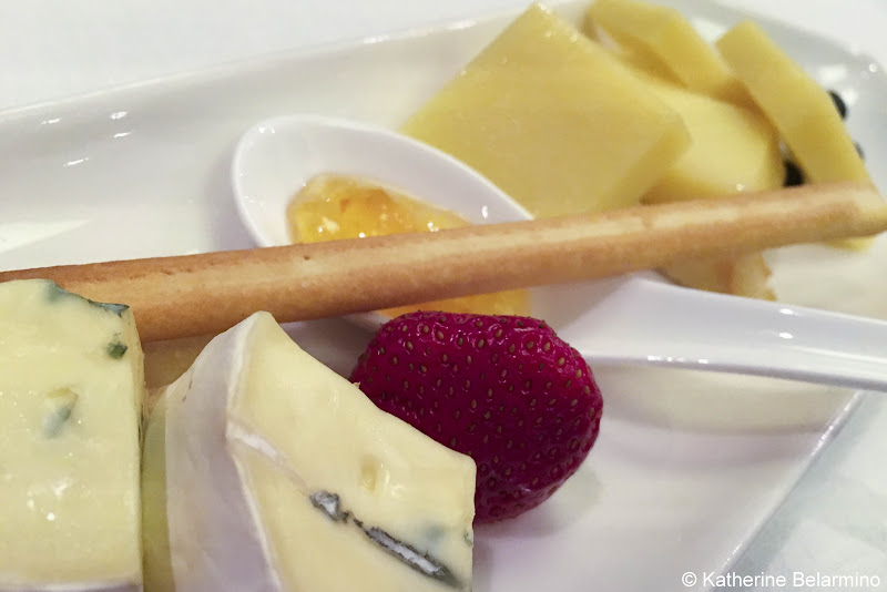 Review Viking River Cruises Cheese Plate