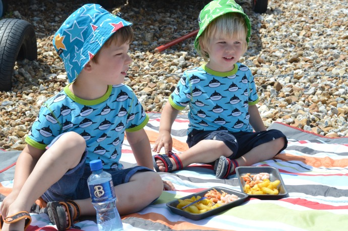 picnic on the beach, whitstable beach, maxomorra sharks, brothers, villervalla sun hats