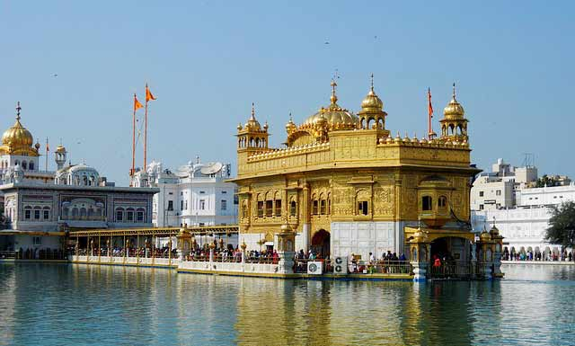 Golden-Temple-Amritsar-Punjab-india
