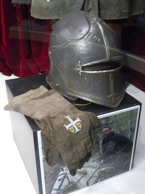 Crusader helmet Robin Hood movie