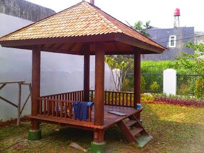 Saung-gazebo-kayu-kelapa-atap-sirat