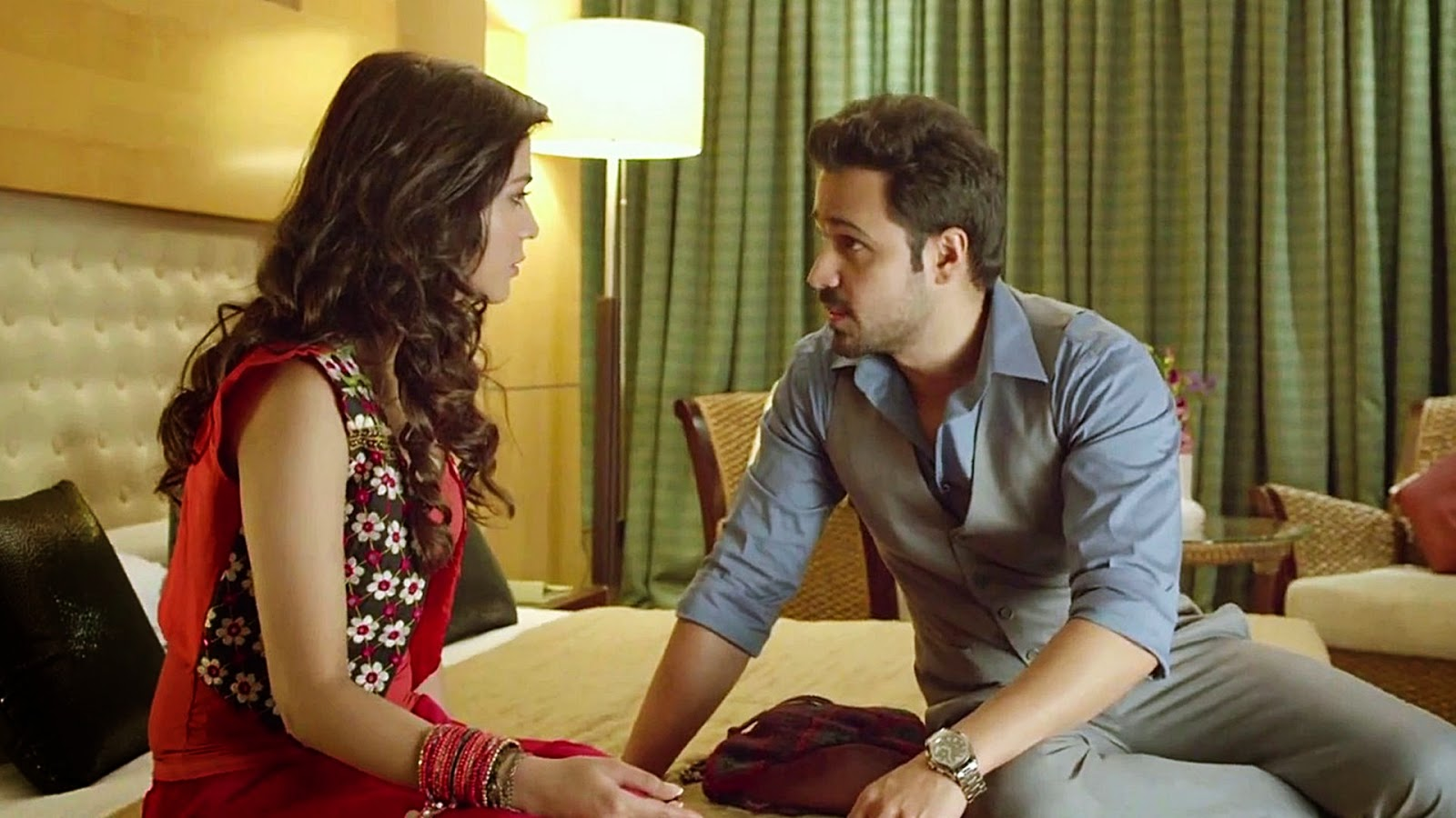 Humaima Malick and Emran Hashmi - Raja Natwarlal Review