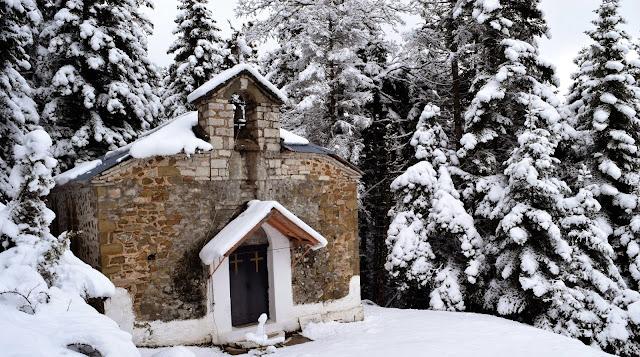 Αποτέλεσμα εικόνας για εκκλησιες χιονι