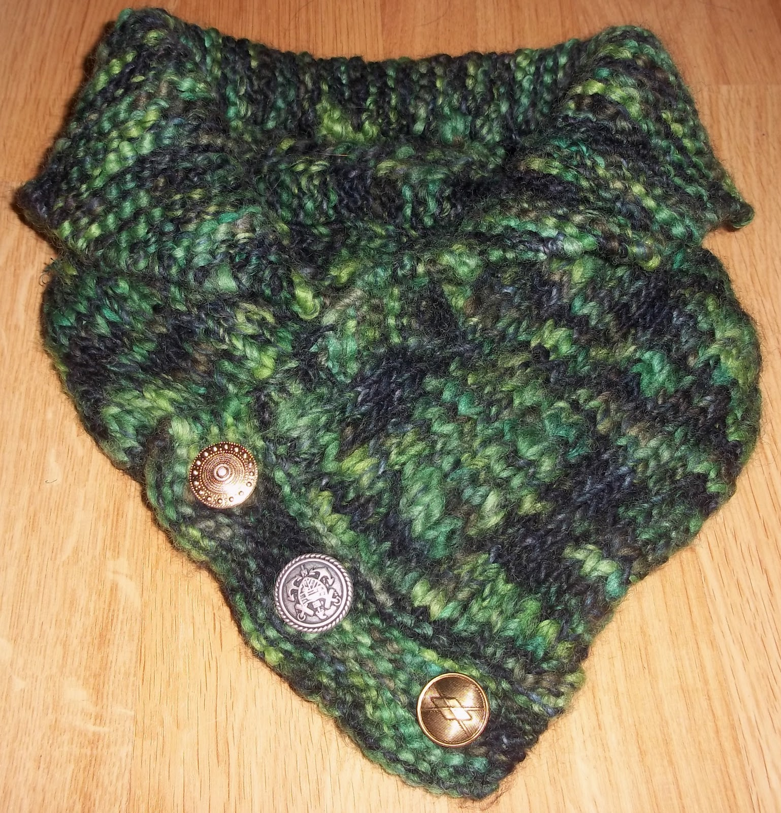 Lucy 'In the sky': Shawl Collared Cowl