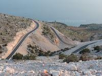 Asfaltiranje ceste Nerežišća - V. Farska slike otok Brač Online