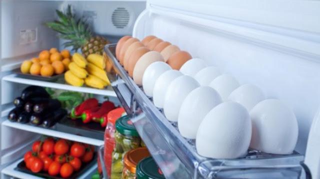Mulai Sekarang Stop Simpan Telur dalam Kulkas, Akibatnya sangat Fatal
