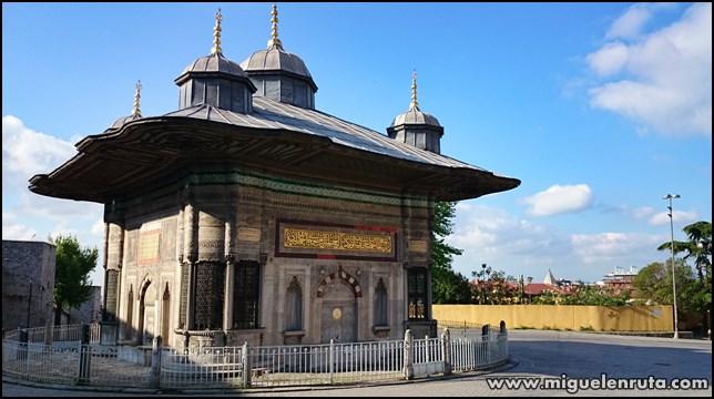 Fuente-Sultan-Ahmed III
