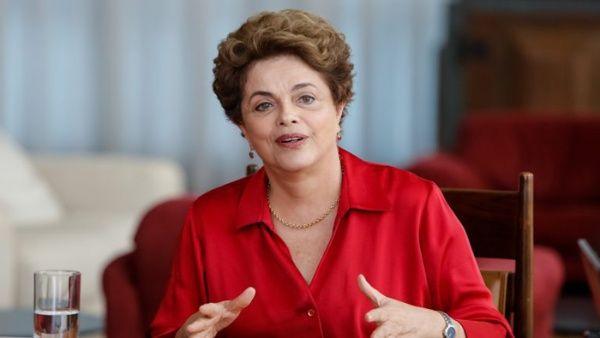 Tribunal Regional Electoral de Brasil acepta candidatura de Rousseff para el Senado