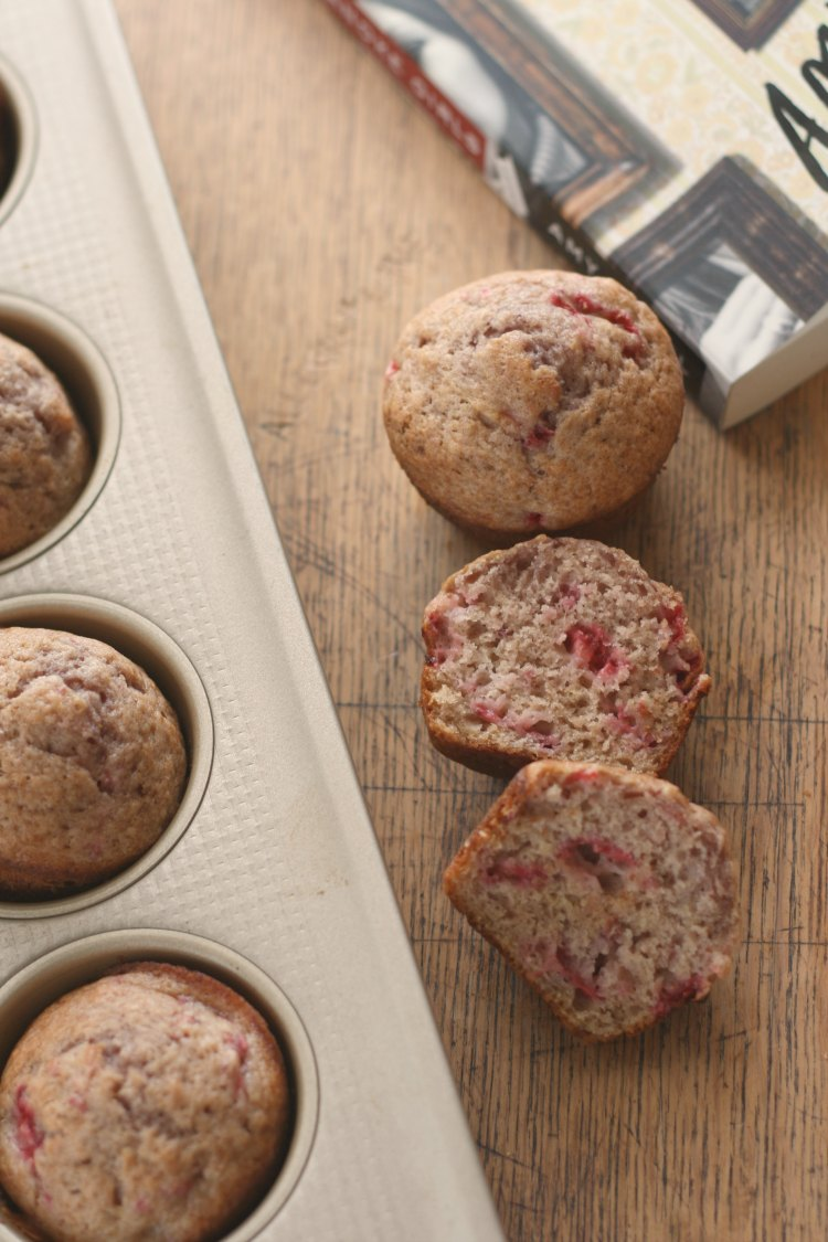 Fresh Strawberry Muffins | The Roanoke Girls