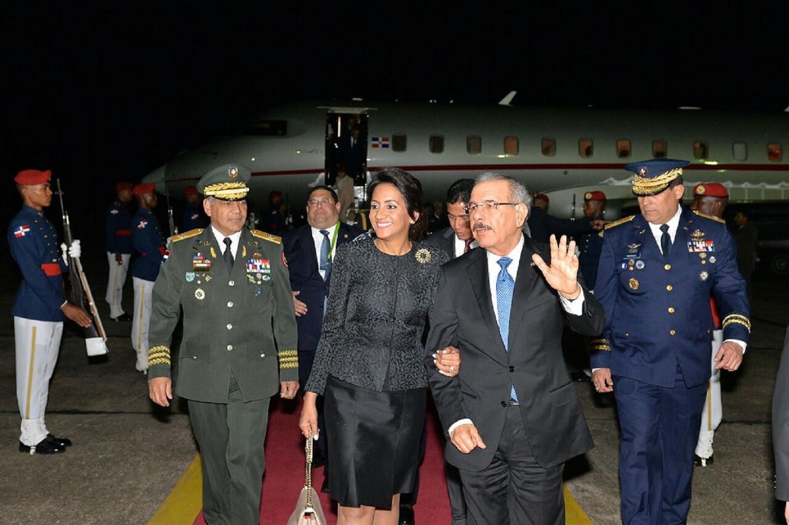 Danilo regresa de Perú tras agotar amplia agenda de trabajo en VIII Cumbre Las Américas