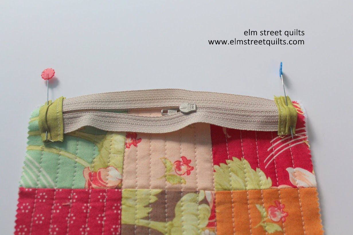 zip pouch tutorial zipper attach