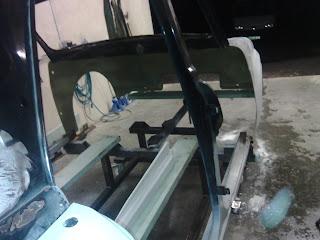 Renault Dauphine ProMod (part 2) dans under construction 887532_678792025591058_5351909936277984102_o