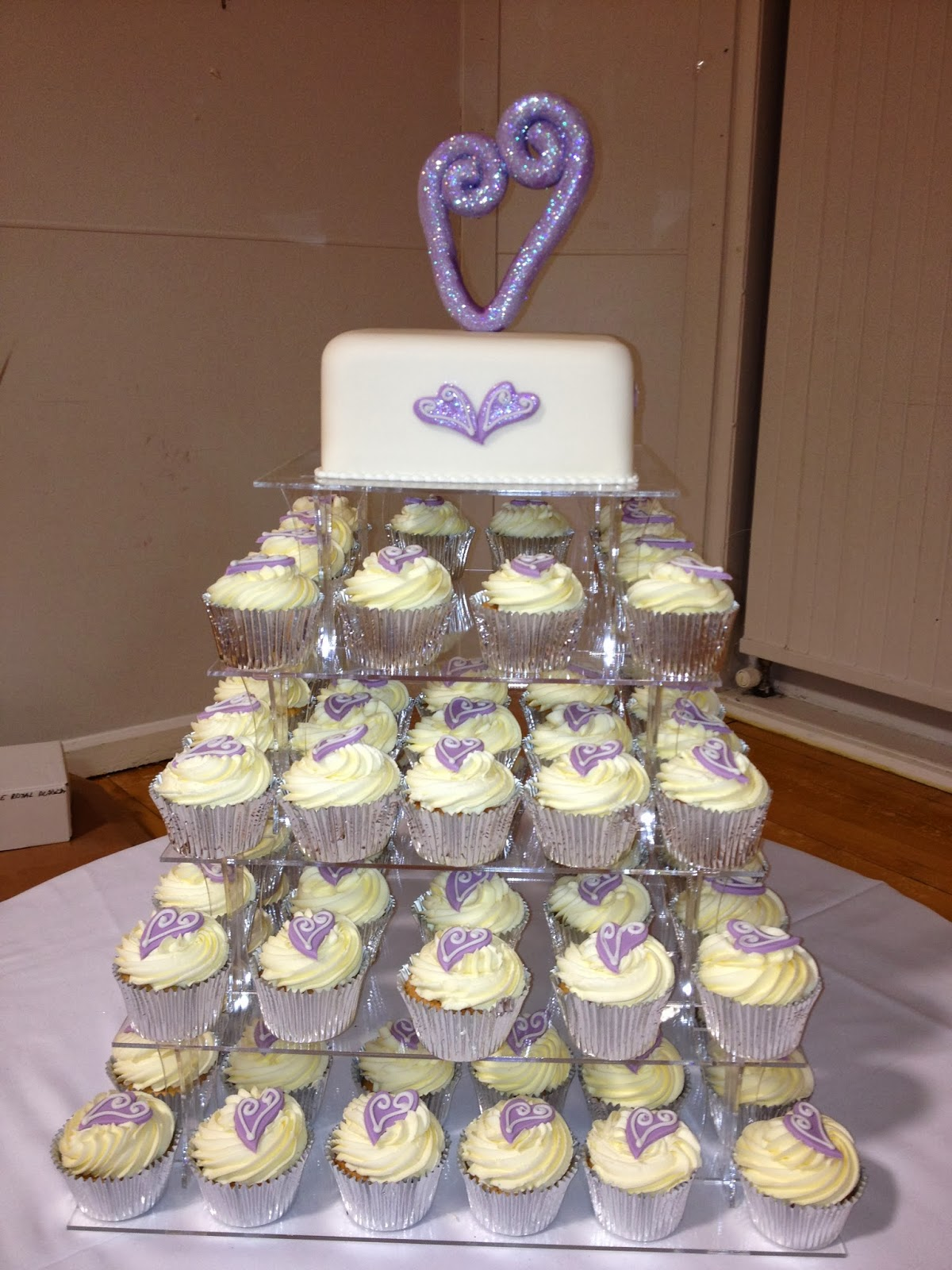 love heart wedding cakes things lilac wedding or engagement cake 16952