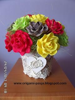bukiet, dzień matki, prezent, upominek, krepa włoska, rękodzieło, kremowa, żółta, zielona, czerwona, malinowa, szara, biała, gipiura, na prezent,