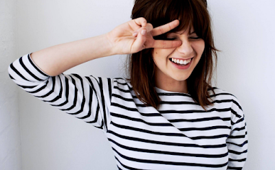 """Lirik Lagu Gabrielle Aplin - Say Nothing"""