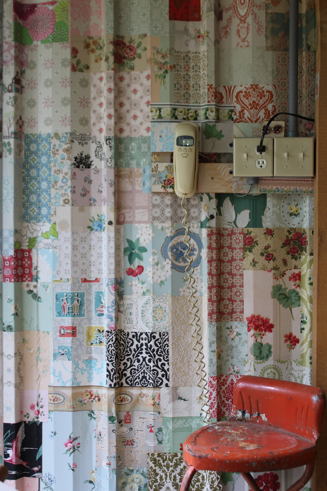 Rosie S Vintage Wallpaper Vintage Wallpaper Collage Wall