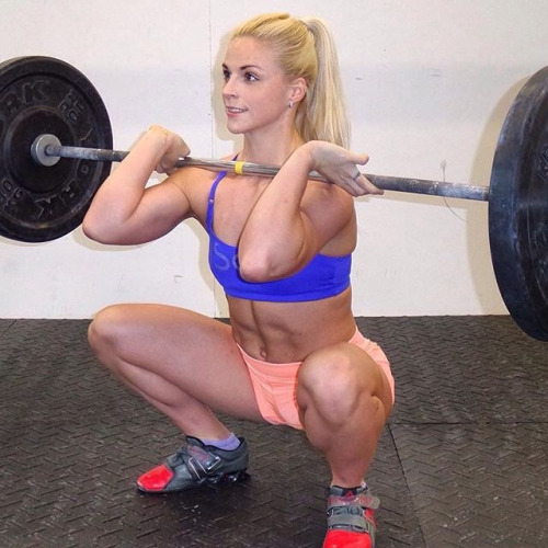 Nude Women Weightlifting