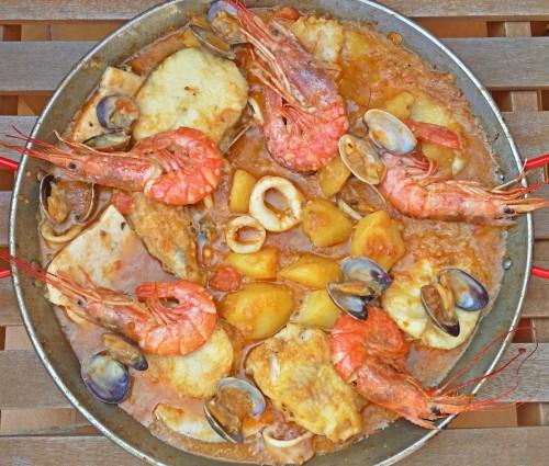 Un guiso de pescado muy Mediterráneo