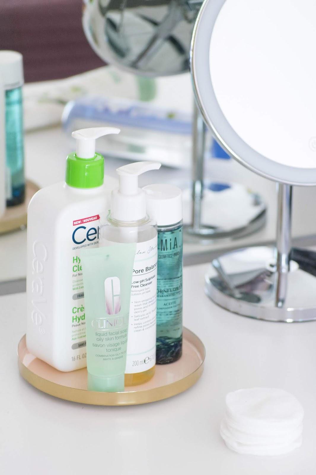 maus hábitos de limpeza de rosto