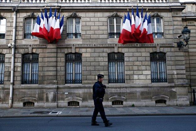 Έκτακτη συνεδρίαση στο Γαλλικό προεδρικό μέγαρο για τα «κίτρινα γιλέκα»