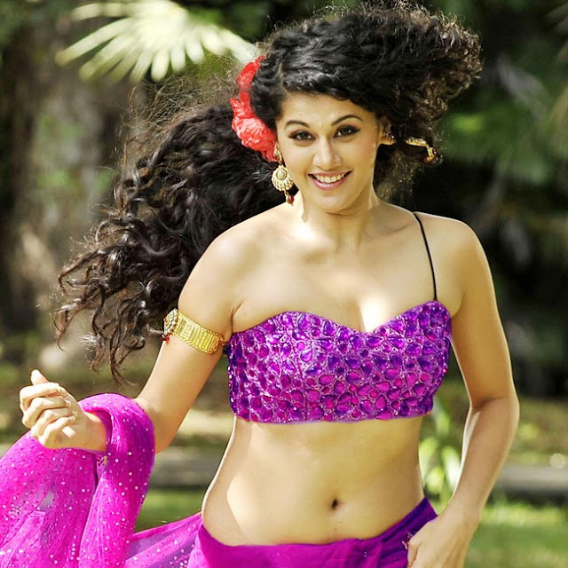 Taapsee Pannu Hot Wallpaper HD Download