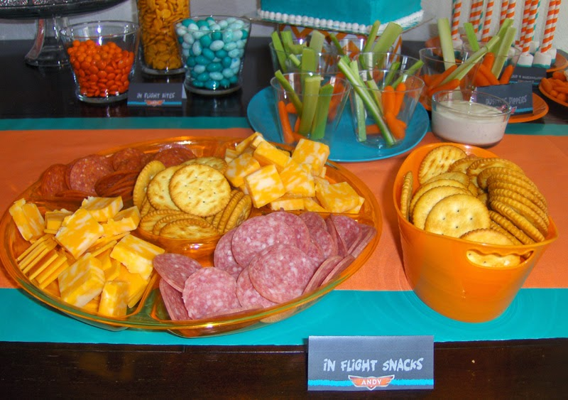 I Thought These In Flight Snacks Would Be Perfect For A 2 Year Old Birthday Party But Also Served Tavernsloppy Joes And Hot Dogs From The Crock Pot