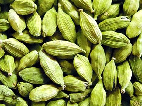 Elaichi Benefits In Urdu Cardamom Sabz Elaichi Ke Faide Green