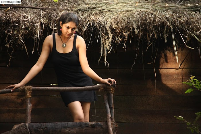 Tamil Actress Arundhati hottest Photoshoot-Sexy Images of this Desi Actress will go viral