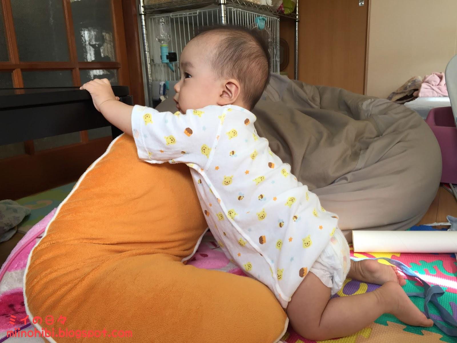 いつから 赤ちゃん つかまり 立ち