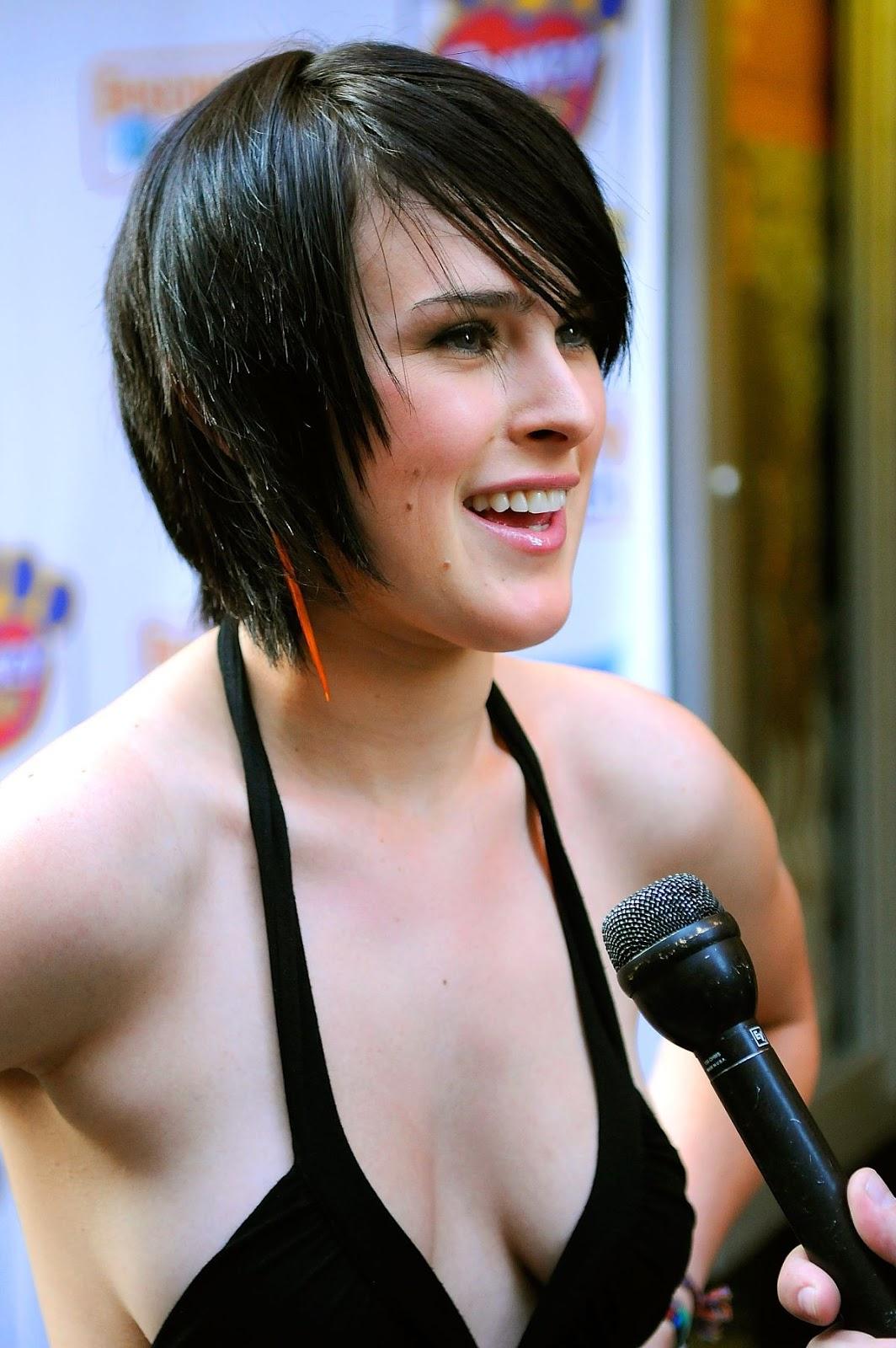 Nude Rumer Willis Bikini - Hot Girls Wallpaper