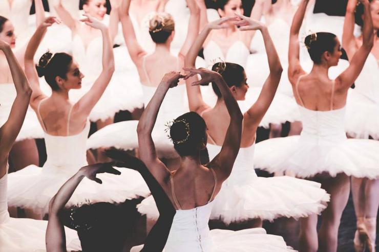 diverse corps de ballet