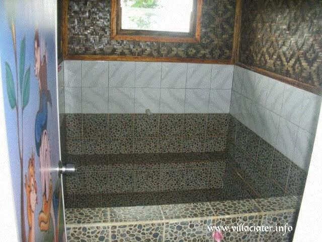 villa di wisata ciater yang ada kolam renang air panas