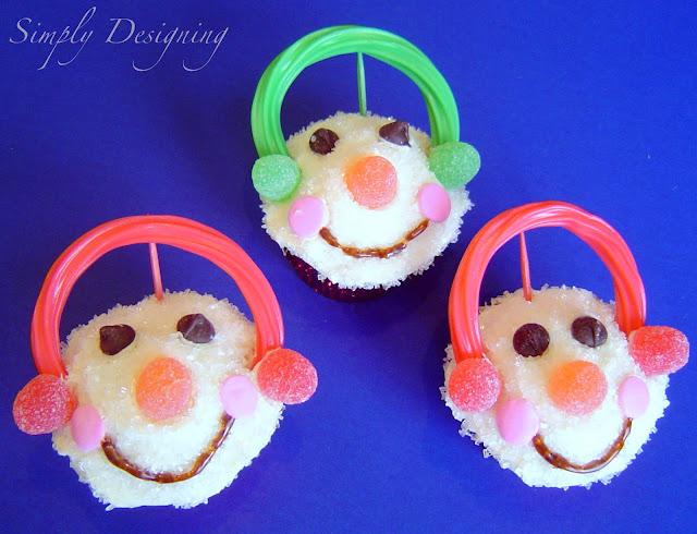 Cupcakes+01a Snowman Cupcakes 8