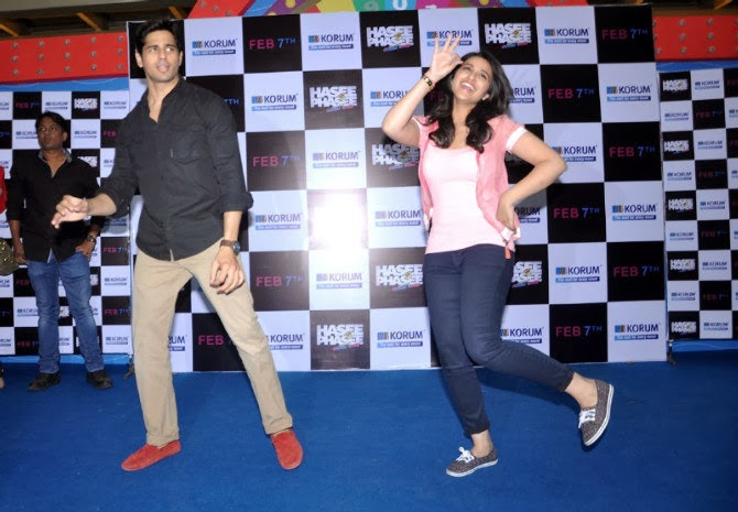 Shraddha Arya Hot Beautiful Photos That Will Make Your Day: Hasee Toh Phasee Promotion At Korum Mall
