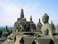 Thomas Stanford Raffles yang Temukan Borobudur, Benarkah?