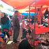 Petugas Tertibkan Pasar Simpang Gadis