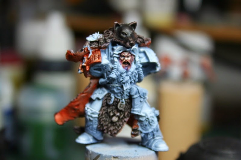 Pintura del reserso de la piel con Vomit Brown de Games Workshop