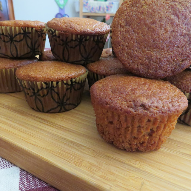 Honey Cornmeal Muffins