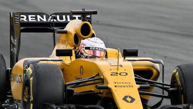 2017 Renault Berubah Jadi Biru