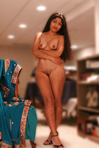 wife naked with doctor