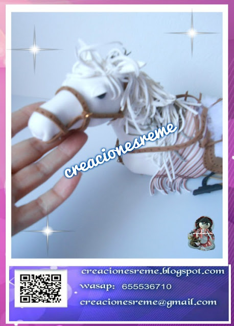 fofucha-creacionesreme-personalizadas-foami-voleibol –muñequitostarta-muñequitosboda-novios-muñecostarta-regalosoriginales-regaloshechosamano-regalosoriginales-fofuchosnovios-miniaturas-lasmejoresfofuchas-creacionesreme-vestidosdenovias-tragesdenovios-miniaturaslibros-miniaturashelados-miniaturashagendans-miniaturasalpino-miniaturastijeras-fofucho comunión-fofucha-cajitas-deacetato