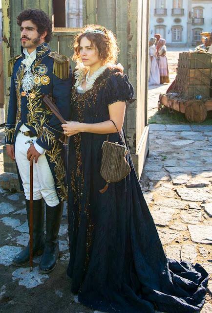 Leopoldina (Leticia Colin) vestido final primeira fase