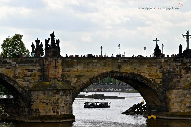 Beautiful Charles Bridge in Prague| Ms. Toody Goo Shoes #prague #charlesbridge #danuberivercruise