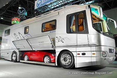 Mercedes ----- Bus or House?
