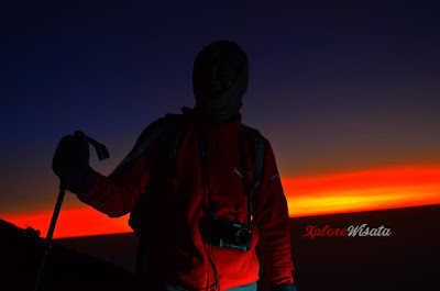 Sunrise Merbabu - Porter Gunung Merbabu Jalur Pendakian Selo