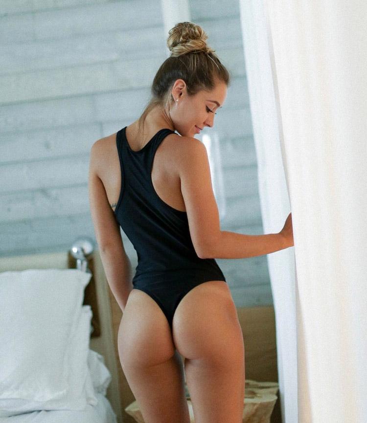 Sexy Costarican Women 2