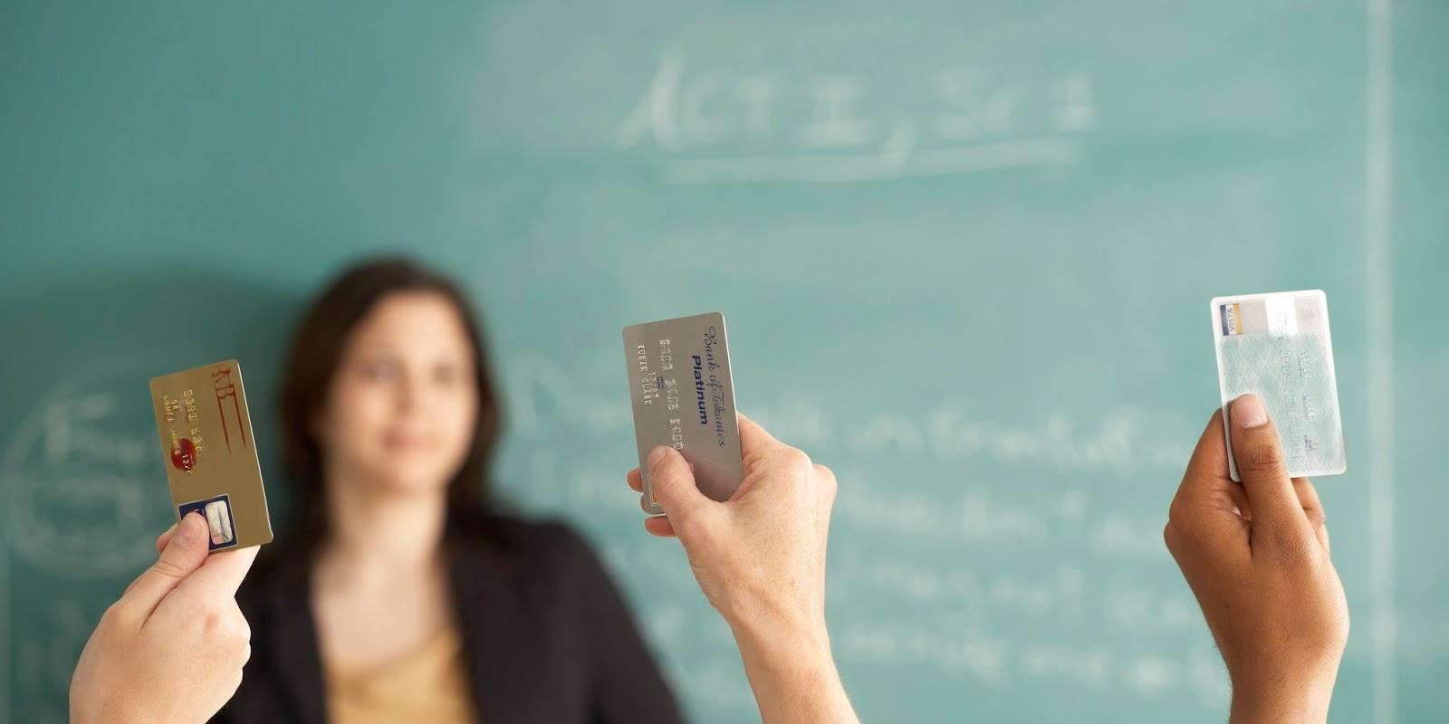Benefícios de ensinar educação financeira para os jovens